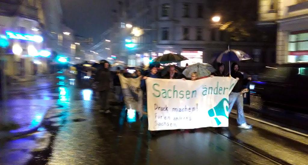 Druck! Machen. - Fronttransparent bei Sachsen Ändern am 24.10.2016 in Leipzig